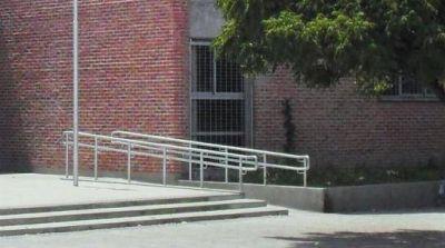 Presentan el plan de accesibilidad a edificios educativos