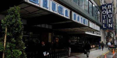 """Trabajadores del hotel Bauen confirman fecha de desalojo y prometen """"resistir con todo"""""""