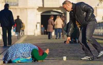 Papa Francisco: El verdadero ayuno es ayudar a los demás