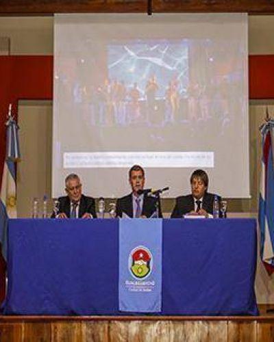 """Piaggio: """"La grandeza de Gualeguaychú nos interpela por encima de los partidos políticos"""""""