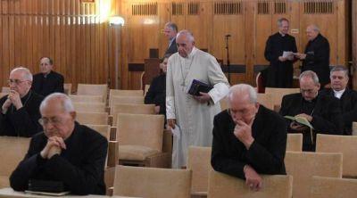 Papa Francisco inicia semana de Ejercicios Espirituales por Cuaresma