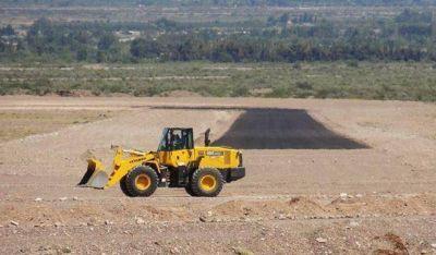 Avanza el autódromo El Villicum y ya volcaron el 70 por ciento del primer asfalto