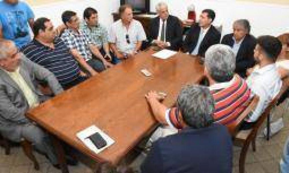 Casas comenzó ronda de consultas pensando en el aumento salarial