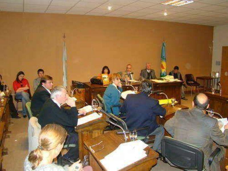 El Fondo Solidario, las licitaciones públicas y la administración de becas, algunos de los temas que tratará el Concejo