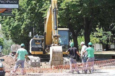 Millonario llamado a licitación para obras en barrios y localidades rurales