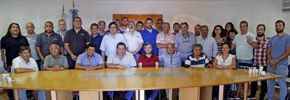 Zabaleta se reunió con dirigentes sindicales y sociales en Hurlingham