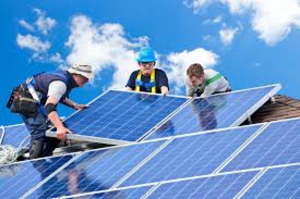 Buscan replicar el modelo de energías renovables para financiar la obra pública