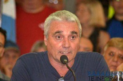 """Touzet: """"quieren bajar los puestos de trabajos, quieren ajustar el convenio"""""""