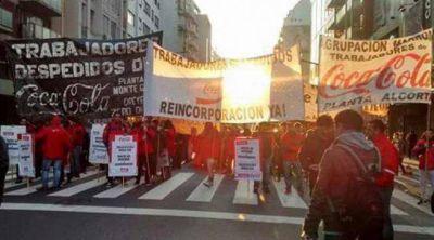 7M: trabajadores de Coca-Cola marchan con el sindicalismo combativo