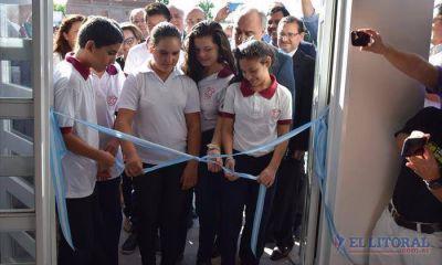 Con una nueva escuela capitalina, alumnos de toda la provincia volvieron a las aulas