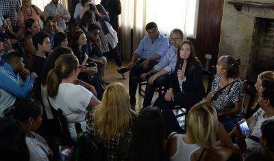 Vidal se reunió con voluntarios del programa