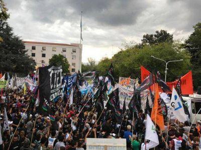 La CGT de Mendoza pidió un paro nacional para el 30 de marzo