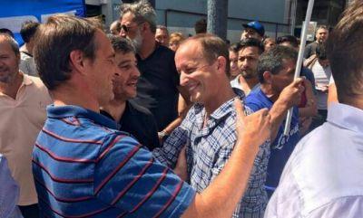 El Frente Pilarense marchó en contra de las políticas económicas de Macri