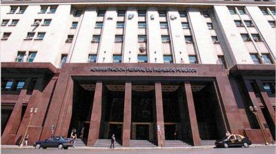 Blanqueo: la AFIP admite regularización de los testaferros sin restricciones