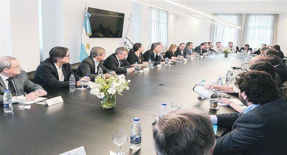 Macri siguió el acto desde Olivos: fractura del PJ y acefalía CGT