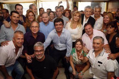 El rechazo a la política de Macri reunió a todo el peronismo en la marcha