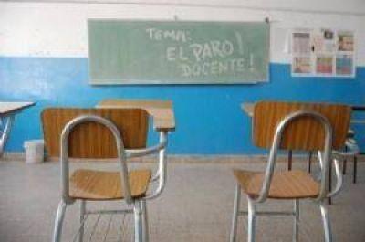En el tercer día del paro docente, la adhesión alcanza el 50 por ciento