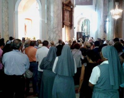 El Card. Poli presidió la primera fiesta litúrgica de la beata Mama Antula