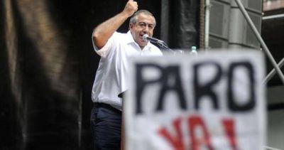 """""""Las protestas van a seguir y los dirigentes cómplices van a ser arrasados"""""""
