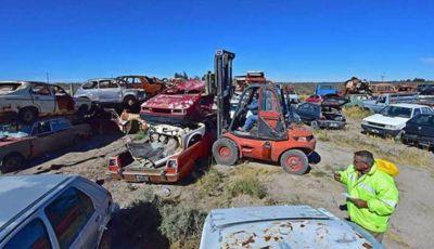 Remueven chatarra en Puerto Madryn