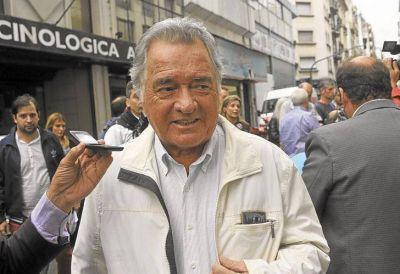 """Barrionuevo cargó contra Macri: """"Me llamó enojado, es un chico caprichoso"""""""
