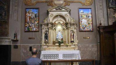 La figura de Bergoglio, vigente en los circuitos que recorren su historia