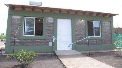 Se inauguró en Argentina la primera casa construida con ladrillos de plástico reciclado