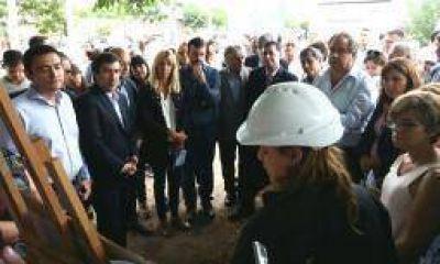 Las obras enviadas por Macri juntaron a toda la clase política