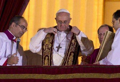 Francisco cumple 4 años de pontificado ¿vuelve?