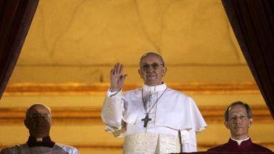 """Cuatro años después; el don de un Papa """"falible"""""""