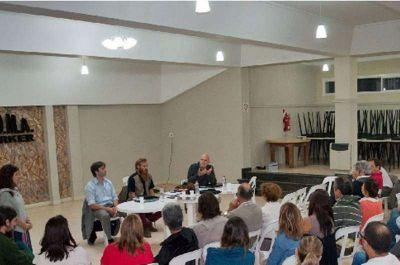 Continúan las acciones de la Asamblea contra la instalación de la Termoeléctrica en Barker