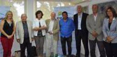CEAMSE firmó convenio con organismos de arquitectos para realizar un Plan Maestro Paisajístico en Villa Domínico