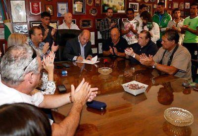 Con críticas a Vidal, Secco anunció un 30% de aumento a municipales
