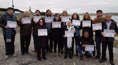 La Comisión por la Memoria participó de una misa con isleños en Puerto Argentino