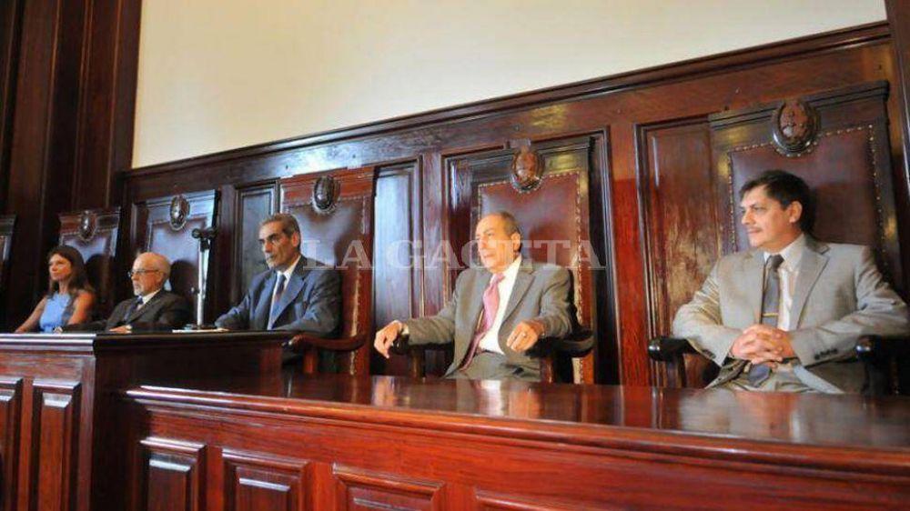 Con una acordada, la Corte reasume los poderes que la ley dio a Jiménez