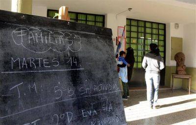 Vidal promete anuncios y surgen diferencias entre los gremios