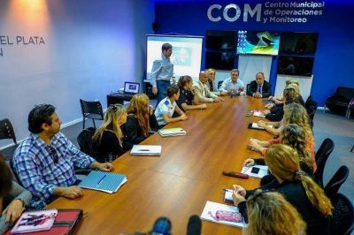 El Intendente presentó un programa escolar sobre Violencia de Género, Educación Vial y RCP