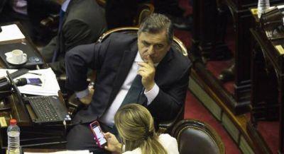 Negri apura a Macri con un proyecto sobre conflicto de intereses