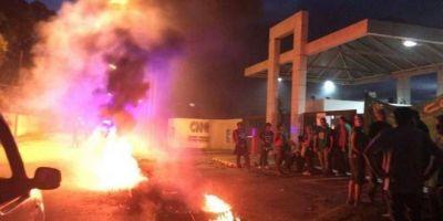 Trabajadores del ENACOM van a un paro de 48 horas por despidos injustificados