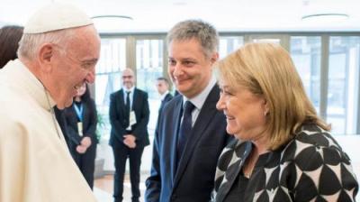 El Papa recibirá en abril a la canciller argentina Susana Malcorra