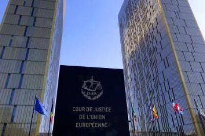 El Tribunal de Justicia de la UE avala la prohibición del velo islámico en el trabajo