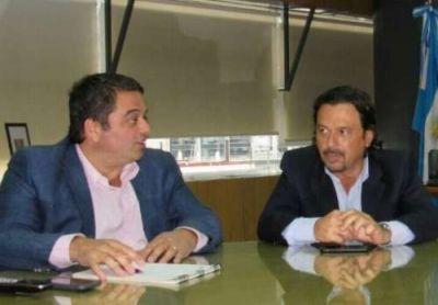 Sáenz se reunió con el ministro de Trabajo Triaca para reconvertir la actividad de los carreros