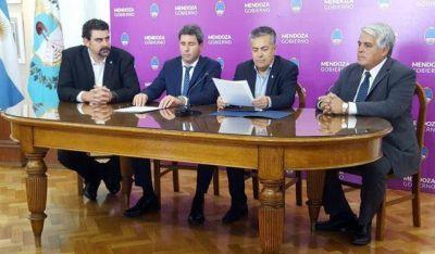 Uñac y Cornejo firmaron el acuerdo por el mosto