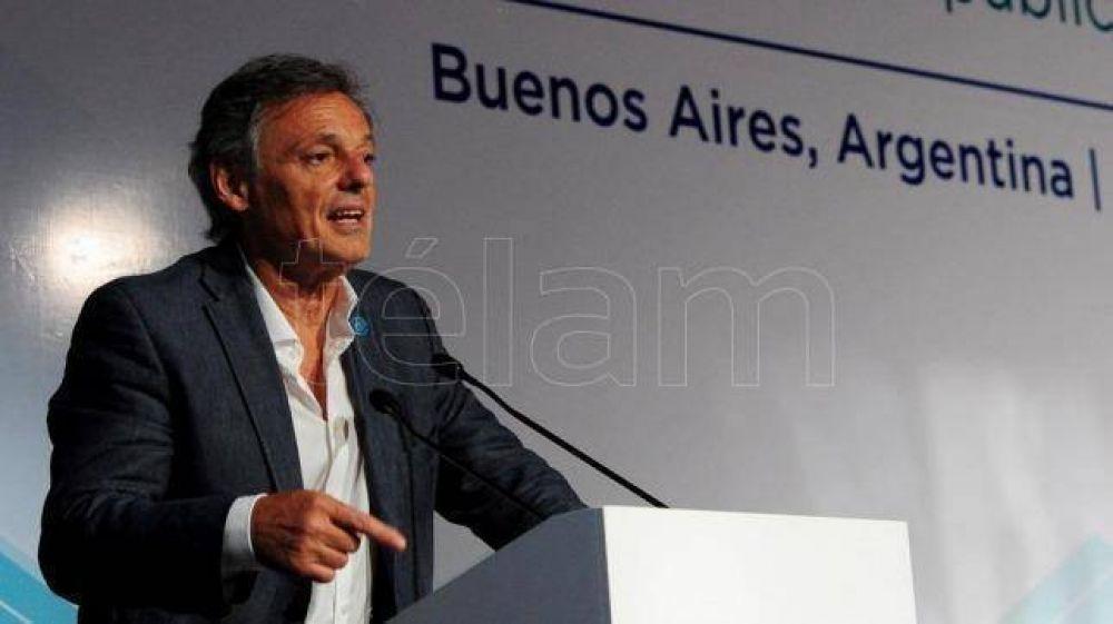 Cabrera afirmó que el acuerdo para el sector automotor generará 30.000 empleos