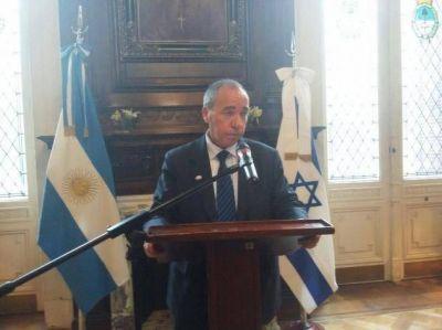 """Director de la Cancillería israelí: """"El terrorismo comienza con judíos e israelíes, pero nunca acaba allí"""""""