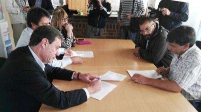 ATE y el Gobierno firmaron hoy el acuerdo que puso fin al conflicto