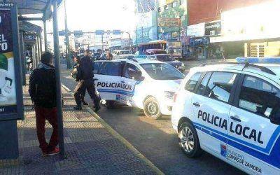 """CONCEJAL DE LOMAS DE ZAMORA DEFIENDE A LA POLICÍA LOCAL """"PARA CUIDAR A LOS BONAERENSES"""""""