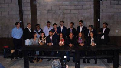 En tierras peronistas, Cambiemos puso en juego su mesa