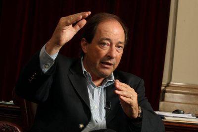 Sanz criticó a los sindicalistas, políticos y empresarios que