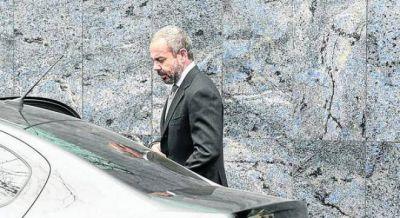 David Martínez compró a Werthein sus acciones de Telecom y se abre la negociación con Clarín